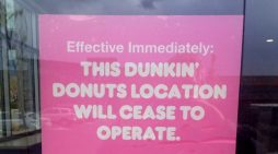 Dunkin' Donuts to permanently close 800 U.S stores